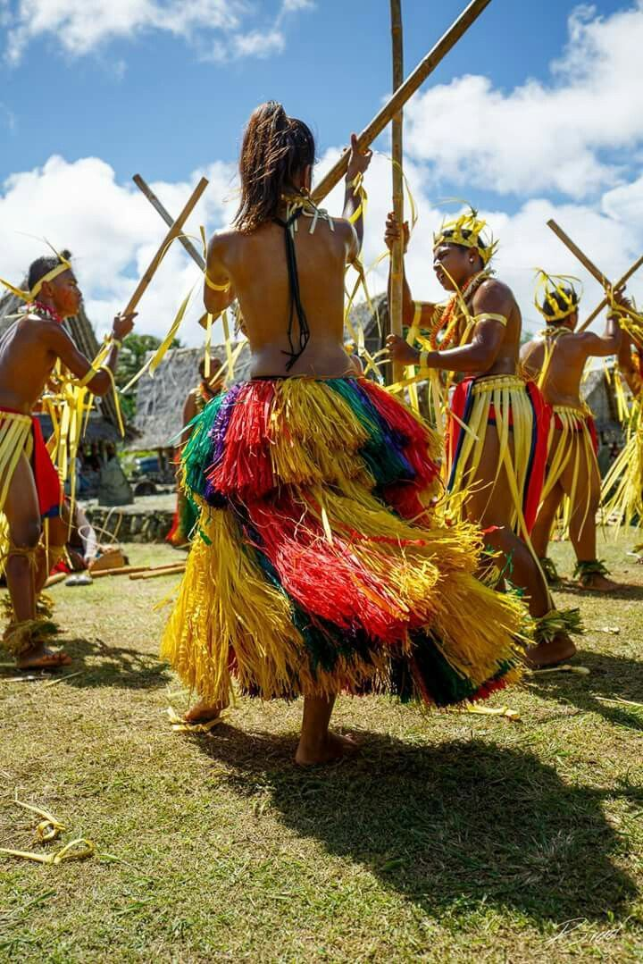 Tribal celebration in Yap, Micronesia. The Federated States of Micronesia is a country spread across the western Pacific Ocean comprising more than 600 islands. Micronesia is made up of 4 island states: Pohnpei, Kosrae, Chuuk and Yap. The country is known for palm-shaded beaches, wreck-filled dives and ancient ruins, including Nan Madol, sunken basalt temples and burial vaults that extend out of a lagoon on Pohnpei.