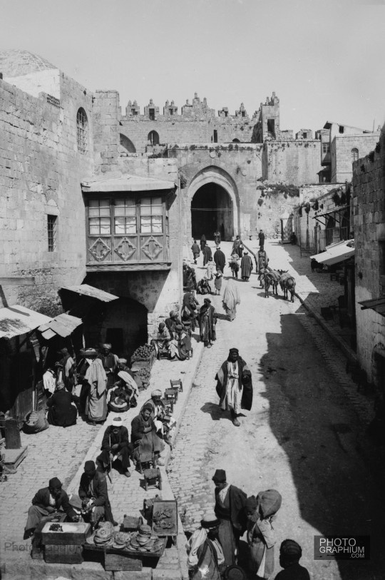 Street scene inside Damascus Gate. Jerusalem, Palestine. 1900-1920. Photograph: Matson Collection