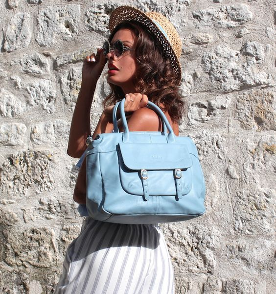 Chic outfit, chic bag, so trendy with Nicole and her .Kate Lee QUEENIE style !   #katelee #bag #style