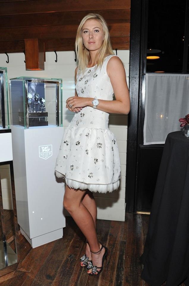 Maria Sharapova in Oscar de la Renta.