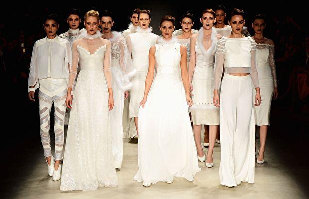 http://www.modahiss.com/mercedes-benz-fashion-week-istanbulun-tarihi-ve-yeri.html