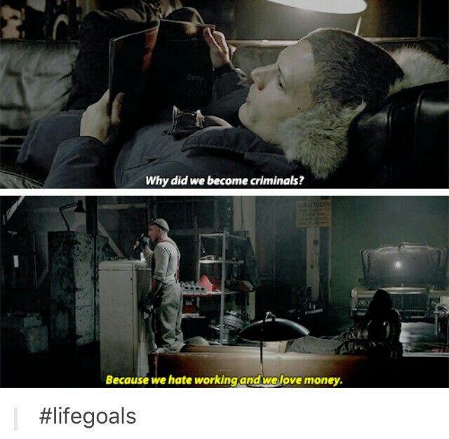 "#LegendsOfTomorrow 1x01 ""Pilot"""