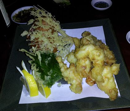 Places I'd like to eat thnx to this review: Hana Sushi, Phoenix, AZ! @TheBenStarr