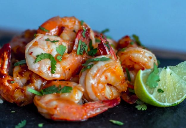 Sweet and spicy prawns - Real Recipes from Mums