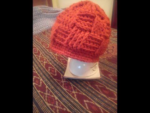 Basketweave beanie DIY / czapka na szydełku / crochet beanie /how to make basket weave stitch - http://www.knittingstory.eu/basketweave-beanie-diy-czapka-na-szydelku-crochet-beanie-how-to-make-basket-weave-stitch/