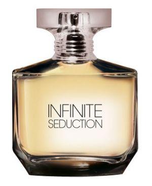 Nagyon finom pasis parfüm, mindössze 2599 forintért. Fás-fűszeres illatkategória :)