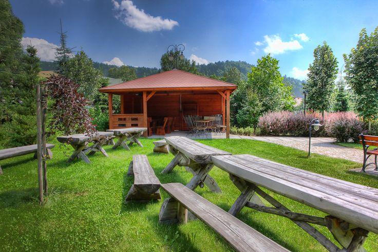 Posiłki na świeżym powietrzu smakują zawsze wyśmienicie!  #hotelklimek #hotelklimekspa #wiata #musyzna #mountains #gory #relax