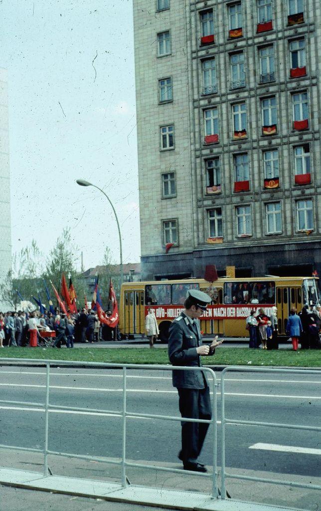 Friedrichshain, Berlin in den 80er Jahren   by LutzSchramm