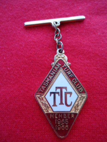 1965-66-TASMANIAN-TURF-CLUB-RACING-MEMBERSHIP-BADGE