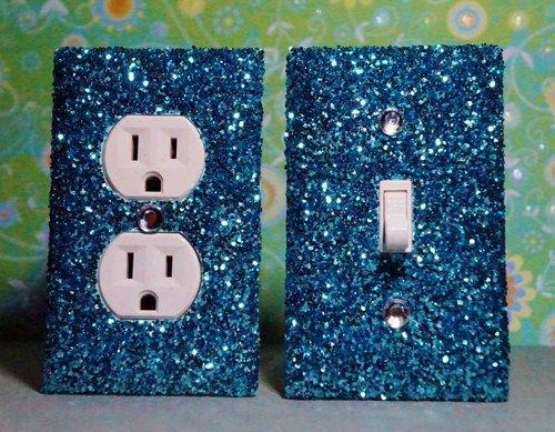 prise lectrique customis e paillette set of chunky light blue glitter switch plate outlet. Black Bedroom Furniture Sets. Home Design Ideas