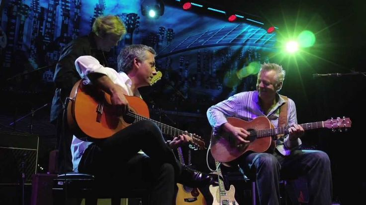 "Tommy Emmanuel, John Jorgenson, Pedro Javier González - ""Sultans of swing"" (Dire Straits cover)"