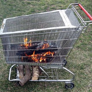 Portable fire pit! (Don't steal the shopping cart, though... that's illegal.) via Instructables