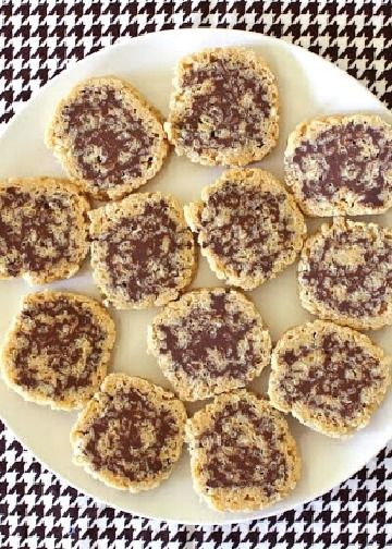 Chocolate Peanut Butter Rice Krispies® Rolls are a quick and easy recipe, which is filled to the brim with the perfect combination of flavors. Roll this up with your kids and bring it to a summer party or cookout!
