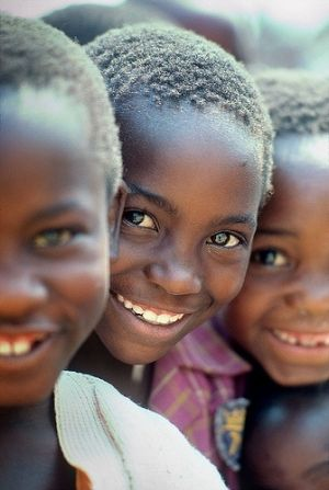 Smiling faces in Zimbabwe For your Zimbabwe holiday, visit us at www.parkersafricantravel.com