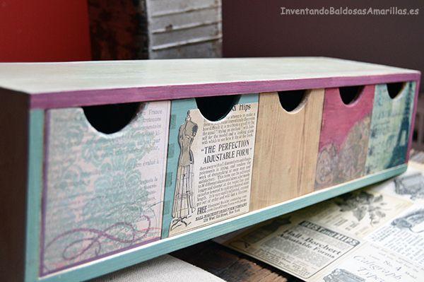 Personalizando una minicajonera con papel | Aprender manualidades es facilisimo.com