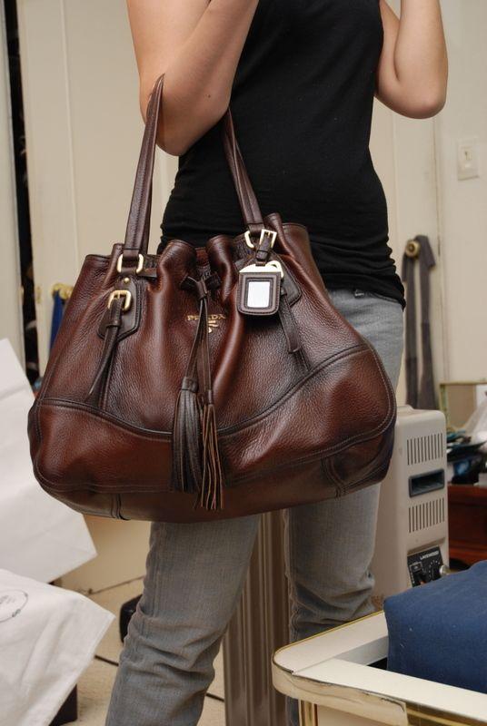 67c46ed05b611e Pin by Kim Jones on Fashion Cent$ | Prada bag, Luxury handbags, Purses,  handbags
