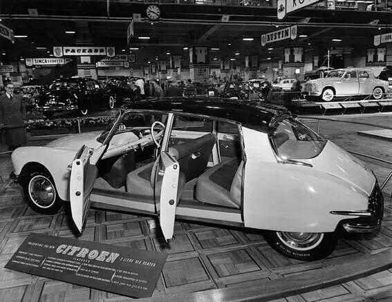 1955 Citroën DS (London Car Show)