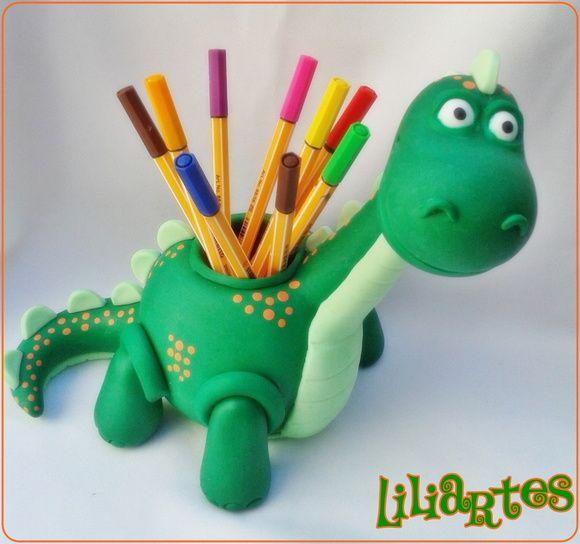 Dino_porta lápis/ enfeite de mesa 25cm