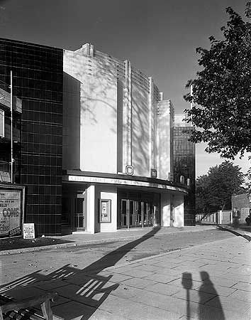 """historicenglandarchive:  """"Odeon Cinema, Fortis Green Road, Muswell Hill, Greater London Authority, 1936.  """""""