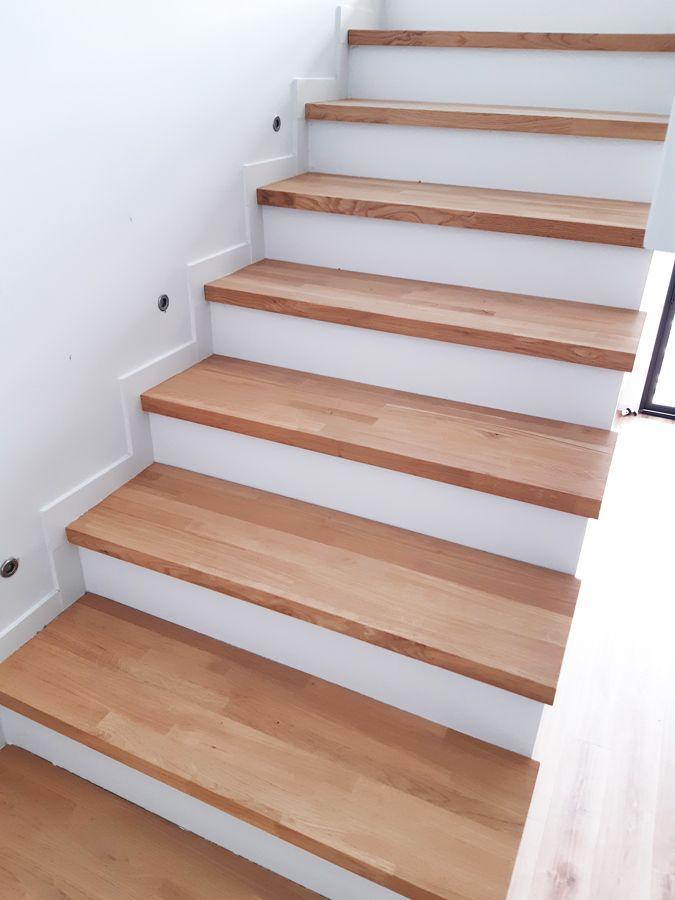 Escalier Beton Avec Marches En Bois Massif Idee Deco Escalier Marches En Bois Escalier