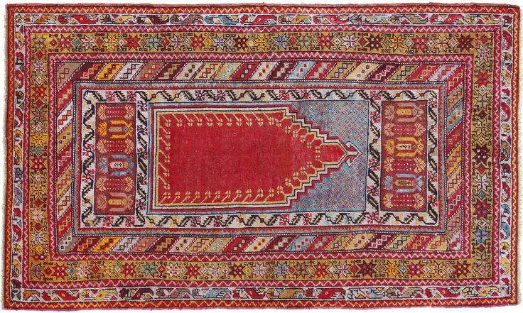 """tappeti turco tappeti turchi ghiordes Sullo sfondo monocromatico delle nicchie si distribuiscono talvolta piccoli disegni neri, detti """"mosche"""".- Cerca con Google"""