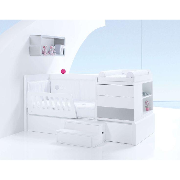 Cunas convertibles de diseño y originales Kurve Premium para bebés.  Etapa Kids con escalera juguetero y barandilla para dormir protegido