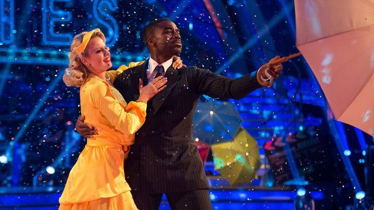 Ore Oduba & Joanne Clifton American Smooth to 'Singin' In the Rain' - St...