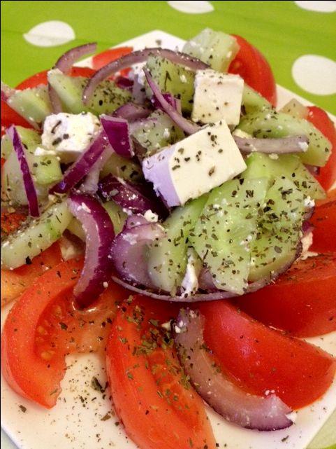 Griekse salade | Lekker en Simpel