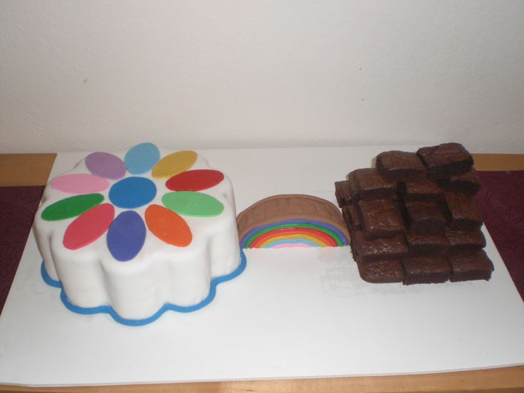 Bridging cake - Daisy troop briding to the brownies.  Bridge is rice kripie treats.