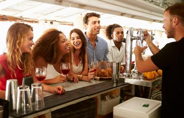 Rent.com.au, Australia's third biggest real estate website is offering a low-cost advertising opportunity to help bars and pubs bring new locals into their local. #advertising #pubs #bars #australia