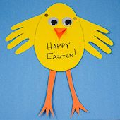 Craft project: See how easy it is to make an Easter card by tracing your child's hands.  This is a fun project for kids of all ages. Even toddlers will enjoy this project since cutouts of their traced hands are  used for the wings.