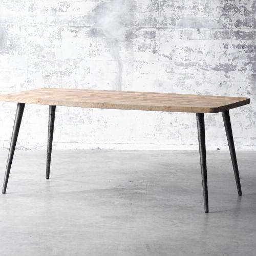 Table_norge_en_teck_180_bois_massif_creation_decoration_mobilier_menuisier_ebeniste_personnalisation_sur_mesure_made_in_france_manufactori_formelab_for_me_lab_04