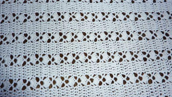 Grande couverture couvre lit vintage au crochet fait main en coton blanc Granny déco bohême rétro