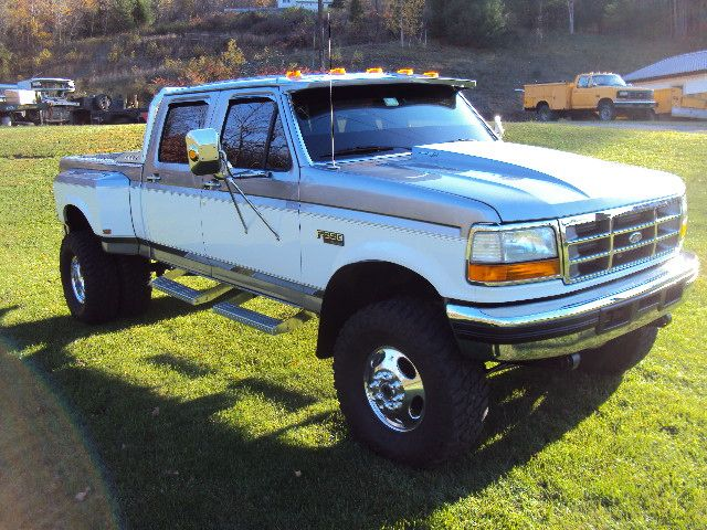lifted obs crew cab drw pics? - Page 2 - Ford Powerstroke Diesel Forum