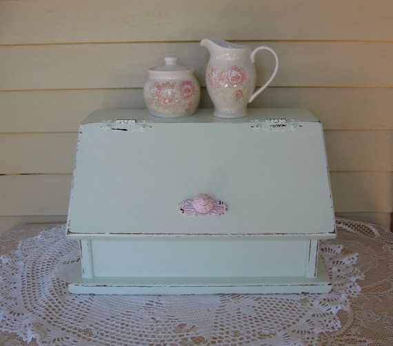 Bread Box Shabby Chic vintage Kitchen Cottage style by Fannypippin,