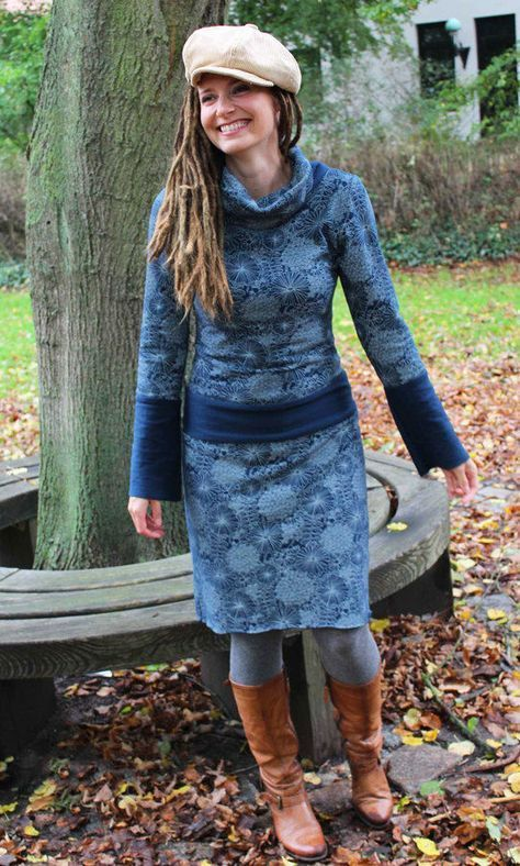 Kleiederschnitt für Damen mit zahlreichen Varianten für Jerseystoffe - Nähanleitung und Schnittmuster via Makerist.de #nähenmitmakerist #nähen #kleid #jersey #jerseykleid #fashion #selbernähen