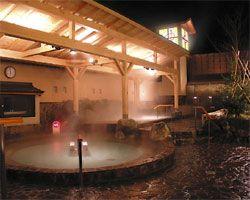 「湯処花ゆづき」(スーパー銭湯) 花ゆづきは、今人気の高濃度人工炭酸泉や超音波風呂など12種類のお風呂と2種類のサウナ、あかすり、整体、理美容など、くつろぎと癒しをご提供します。味自慢の食事も魅力です。  http://www.scci-net.com/shops/details/?id=1214