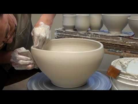 Throwing / Making a Large Porcelain Salad Bowl with Hsin-Chuen Lin - YouTube #Ceramics #Wheel_Throwing #Salad_Bowl