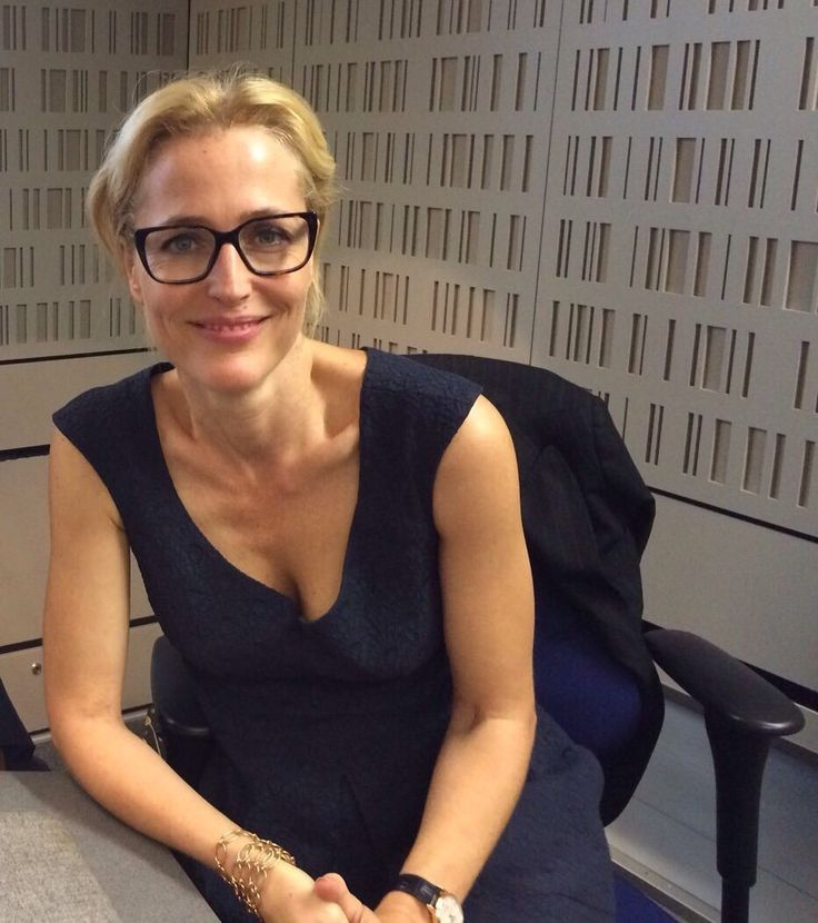 Gillian Anderson BBC Radio
