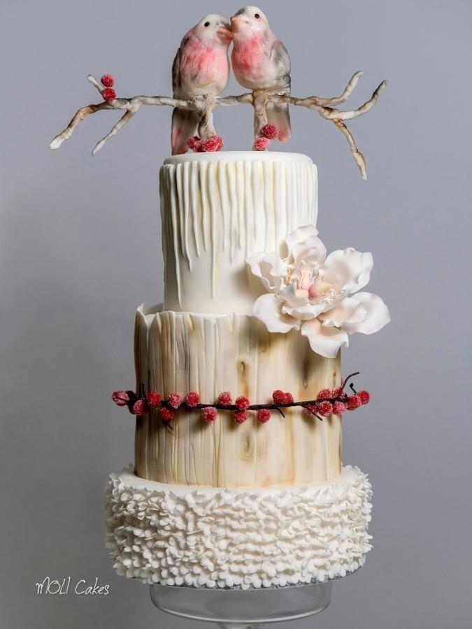 Wedding cake with birds by MOLI Cakes - http://cakesdecor.com/cakes/230075-wedding-cake-with-birds