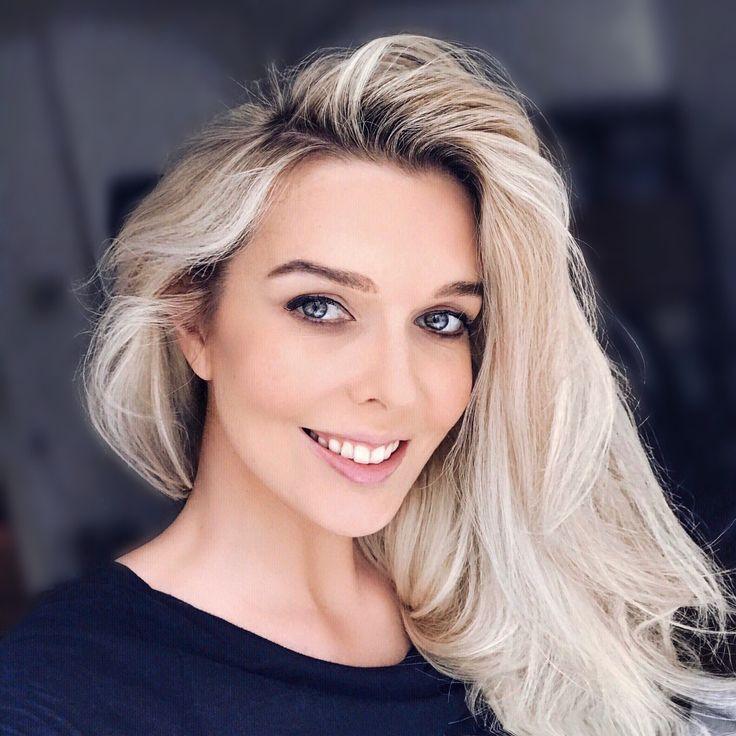 Blonde, MakeUp, Hair