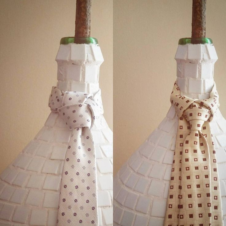 The Trinity and the Merovingian knots.  #etsy #etsysellersofinstagram #etsyfashionhunter #tieknot #ties #instadaily #instagood #instagramhub #photooftheday #igdaily #instamood #bestoftheday #picoftheday #igers #tweegram #igersitalia #beautiful #vintage #vintageshop #Style #italianJob #fashion #theitaliancabinet #moda