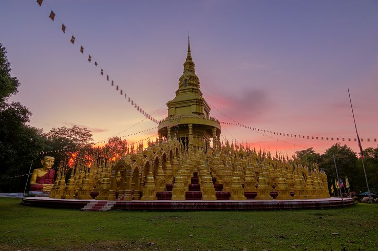"""https://flic.kr/p/Qg9LeY 