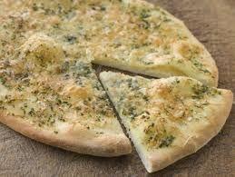 Easy Cheesy Garlic 'Bread' | Slimming World Recipes