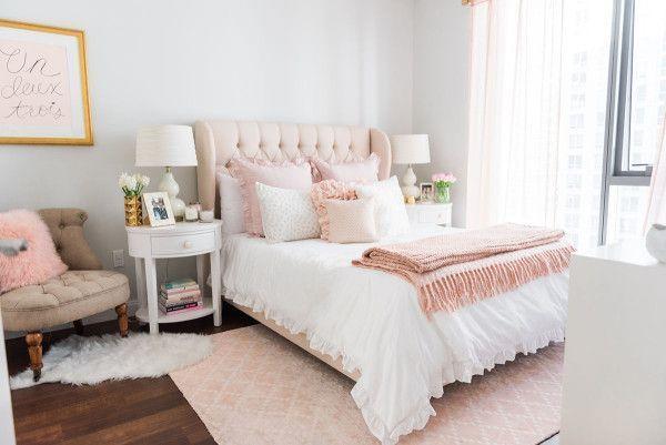 My Chicago Bedroom Parisian Chic Blush Pink Bedroom Blush Chicago Parisian Gen Yatak Odasi Dekorasyon Fikirleri Yatak Odasi Tasarimlari Oda Dekoru