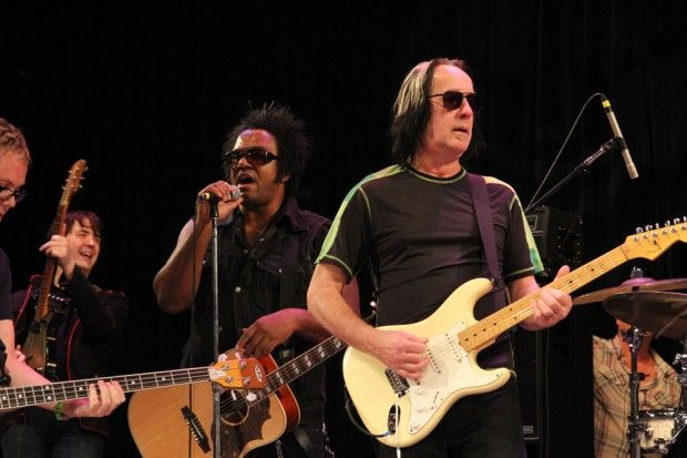 Todd Rundgren joins David Uosikkinen's In The Pocket at the Philadelphia Folk Festival!