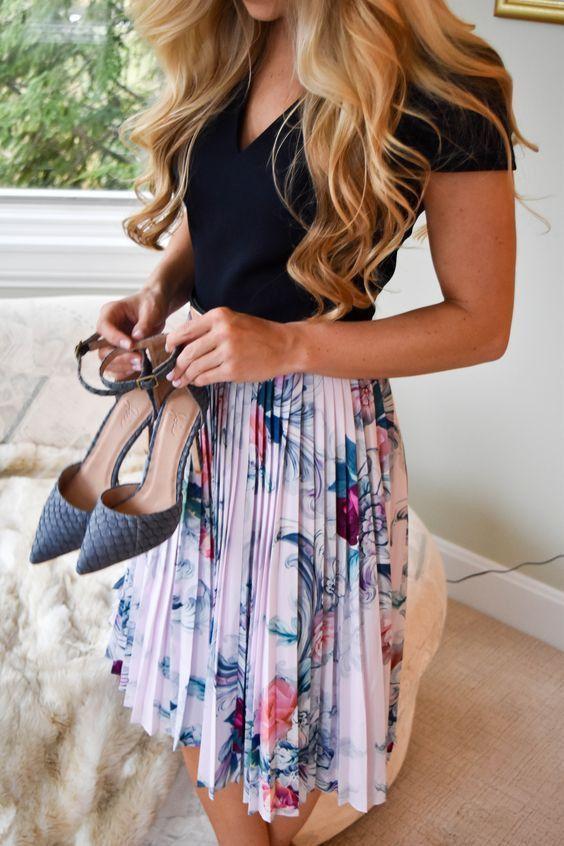 spring fashion  Black Tee & Flower Printed Skirt