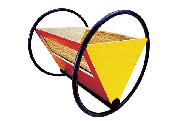 Газетница Bauhaus-Cradle, дизайн Питера Келера (1922), Tecta