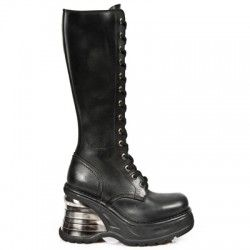 http://luxoccultashop.com/en/29-boots-shoes