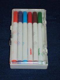 Canetinhas coloridas chamadas de Sylvapen